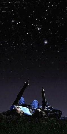 Buscar juntos figuras de estrellas en el cielo