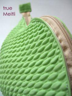 "♥ Necessaire ""Badekap"" in lindgrün♥ von Meitli auf DaWanda.com"