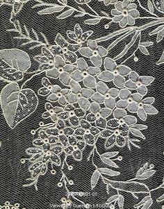 Wedding veil of needle lace with flower and leaves. Brussels, Belgium, late 19th century