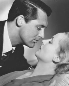 Cary Grant and Carole Lombard in a publicity still for In Name Only, 1939. archiesleach Seguir