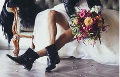 This is how your wedding day turns into a rock concert - Hochzeitskleid Ideen - Motor Rocker Wedding, Punk Wedding, Rockabilly Wedding, Wedding Pics, Wedding Shoot, Wedding Styles, Dream Wedding, Wedding Day, Trendy Wedding