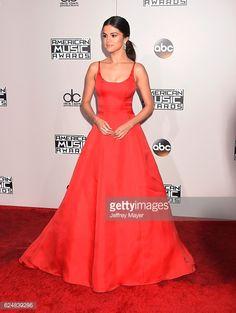 Fotografia de notícias : Singer/actress Selena Gomez arrives at the 2016...