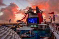 """How """"Not Sure I'm A Cruise Person"""" Became """"When Do We Go On Disney Cruise Line Again?!"""" - Disney Tourist Blog"""