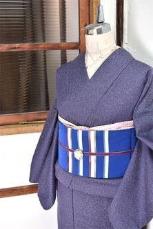 <Img class = 'new_mark_img1' src = 'http: //shimaiya.jp/img/new/icons6.gif' style = 'border: none; display: inline; margin: 0px; padding: 0px; width: auto;' /> wool single kimono floating To petals softly smoked mauve purple
