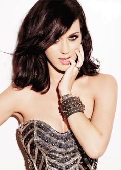 Katy Perry. She is so pretty!