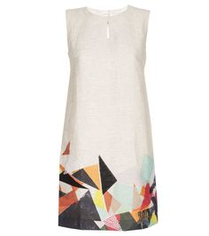 untitled mountain dress  Gorman.  $269.00  item# ggfa633305  descriptionfabric and care  xx  relaxed fit. true to size  model wears size 8