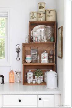Una cucina stile Vintage! Date un'occhiata a queste 20bellissime idee... Una cucina stile Vintage. Se amate lo stile Vintage siete al posto giusto! Avete l'intenzione di rifare o di dare un po' di vissuto alla vostra cucina? Prendete spunto! Oggi abbiamo...