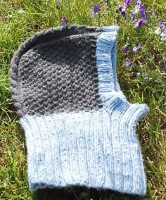 The gauge is not essential, as long as you don't use too thick yarn on 2,5 mm needles. Also notice that 18 stitches and 36 rows = 4 inches in k2, p2 ribbing.