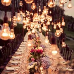 Intimate Weddings - Small Weddings - Wedding Venues and Locations - DIY Wedding Ideas - Planning a Small Wedding that Fits your Budget and Style - Christina Friedrichsen