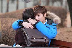 Lee Min Ho as Kim Tan and Park Shin Hye as Cha Eun Sang the heirs gooooosh I miss this drama so much >. Heirs Korean Drama, Korean Drama Movies, The Heirs, Korean Actors, Lee Min Ho Kdrama, Korean Tv Shows, O Drama, Romance, Park Shin Hye
