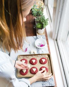 Red Velvet Cookies: small batch makes just 6 sugar cookies