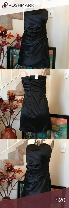 "Black Strapless Dress SZ 9/10 Back Zip NWT Black Strapless Dress SZ 9/10 Back Zip NWT Polyester Cotton Spandex Blend Measurements 17"" From Armpit to Armpit Waist 34"" Circumference Length 27"" Studio Y Dresses Midi"