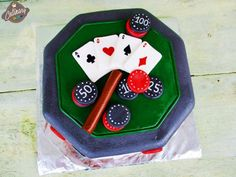 Pastă de zahăr (fondant,cum spun unii) | Marshmallows, Spinning, Birthday Candles, Fondant, Pasta, Cake, Desserts, Food, Marshmallow