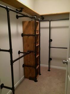 Closet bedroom Trendy pipe closet system industrial style 16 Ideas How Mothers Can An Pipe Closet, Loft Closet, Closet Office, Closet Remodel, Diy Casa, Shop Fittings, Closet Bedroom, Diy Bedroom, Bathroom Closet