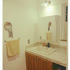 洗面所 モザイクタイルのインテリア実例 | 3ページ目 | RoomClip (ルームクリップ) Washroom, Mosaic Tiles, Sink, Vanity, Interior, House, Toto, Home Decor, Mosaic Pieces