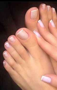 French Tip Toes, French Toe Nails, French Pedicure, Pretty Toe Nails, Pretty Toes, Toe Nail Color, Nail Colors, Milky Nails, Nagellack Trends