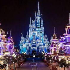 Cinderella Castle all dressed up in Holiday Dream Lights! #TBT #Throwbackthursday #ChristmasInJuly  View the full versions of my photos at www.Facebook.com/Disneyphotosnapper  #waltdisneyworld #waltdisney #disneyworld #wdw #Disneyparks #Travel #Love #Photooftheday #Picoftheday #Fun #Disney #Canon #fd101look #Disneygram #latergram #tiggerlovesdisney #magickingdom #cinderellacastle #christmas  #DisneyPhotoSnapper #MickeyMouse #POTD #Mickey