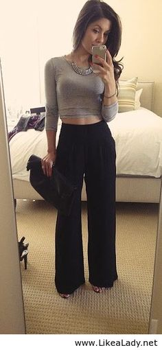 Crop top and wide legs. This so looks like a @Megan Ward Ward Ward Ward Bumgarner 'fit