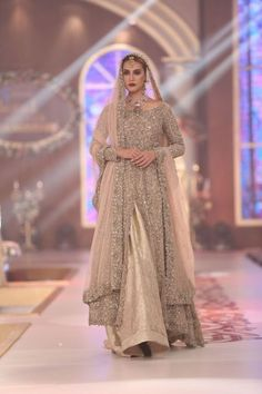 Pakistani Wedding Dresses, Indian Wedding Outfits, Pakistani Outfits, Wedding Attire, Indian Dresses, Pakistani Couture, Desi Wedding, Wedding Wear, Fancy Wedding Dresses