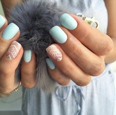 Mint and nude nails with white design. Pretty!