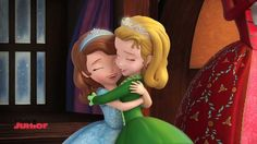 Sofia The First - Holiday In Enchancia - Song - 'Peace And Joy'
