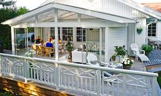 Pergola Ideas For Small Backyards Info: 6928815534 Pergola Canopy, Diy Pergola, Pergola Ideas, Outdoor Spaces, Outdoor Living, Outdoor Decor, Porch Trim, Ikea Wedding, Pergolas For Sale