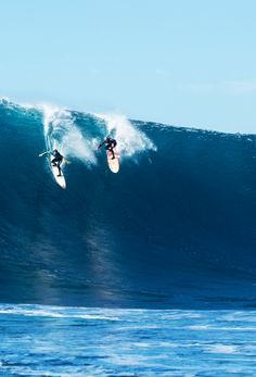 """surf4living: """"Timmy Reyes and Coco Nogales share a wild ride. Ph: Parkin """""""