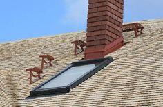 Деревянная крыша из осиновой дранки Outdoor Furniture, Outdoor Decor, Sun Lounger, Home Decor, Chaise Longue, Decoration Home, Room Decor, Interior Design, Home Interiors