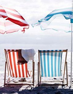 summer stripes, beach chairs and umbrellas I Love The Beach, Summer Of Love, Summer Colors, Hello Summer, Lazy Summer Days, Summer Time, Beach Day, Summer Beach, Blue Beach