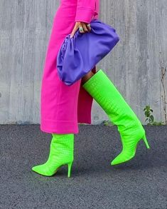 Neon Outfits, Colourful Outfits, Trendy Fashion, Spring Fashion, Winter Fashion, Aesthetic Colors, Aesthetic Clothes, Stylish Street Style, Evolution Of Fashion