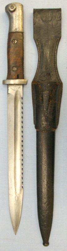 German S84/98 nA Sawback Bayonet By Deutsche Machine Fabrik A-G Duisberg, Scabbard and Leather Frog. Bayo 162