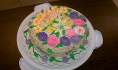 #wiltoncontest / Course 2, in this case the basket was made with coffee buttercream.  Was so good that I sent it to my husband office and everybody love it.  The class was at Hobby Lobby in Denton TX