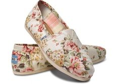 Shabby Chic Womens Classics | Toms.com......cute with different flowers and different colors