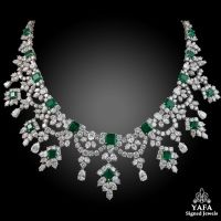 HARRY WINSTON Diamond and Colombian Emerald Necklace