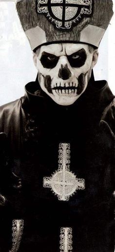 Ghost Papa Emeritus II Ghost, The Nameless Ghouls, Papa Emeritus