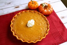 "Crustless Pumpkin Pie - No ""crust calories"" in this pie #Thanksgiving #pie #dessert #recipe"