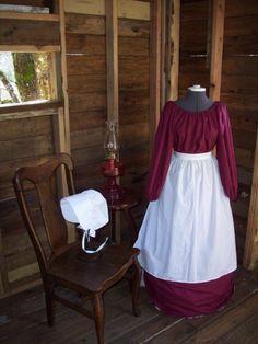 Girls or Womens Pioneer Prairie Colonial Dress Costume Civil War Dress Set Sizes $50AU