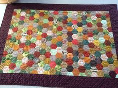 Rosentæppe i andre farver Quilts, Blanket, Rugs, Home Decor, Farmhouse Rugs, Decoration Home, Room Decor, Quilt Sets, Blankets