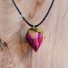 ❣Подвеска с пурпурной розой в кристалле! Только до 15 мая 850 вместо 1150 р!❣ _____ Bu takıyı Türkiyede'de alabilirsiniz. Ama sedece…
