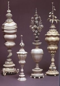 Ivory, École de Fontainebleau XVI-XVII Marcus Heiden (active from Ornamental Vases and Goblets, lathe-turned ivory, Decorative Objects, Decorative Accessories, Bijoux Art Deco, Wood Turning, Oeuvre D'art, Altered Art, Art Decor, Vase, Inspiration