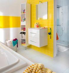 Yellow in the bathroom- Du jaune dans la salle de bains Yellow in the bathroom Baby Bathroom, Diy Bathroom Decor, Bathroom Colors, Bathroom Photos, Yellow Bathrooms, Bath Remodel, Duravit, Amazing Bathrooms, House Design
