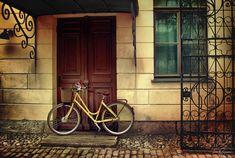 Her light yellow bike by *Pajunen on deviantART