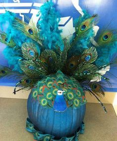 Peacock Decoration Ideas New ღღღ Peacock Pumpkin This One is Great too Fall Pumpkins, Halloween Pumpkins, Halloween Crafts, Halloween Decorations, Halloween Party, Pumpkin Decorations, Halloween Stuff, Halloween Ideas, Table Decorations