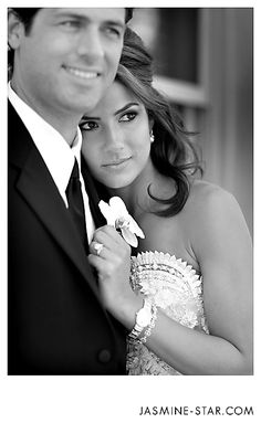 LOVE this Black and White photo. By Jasmine Star. @Shannon Moore