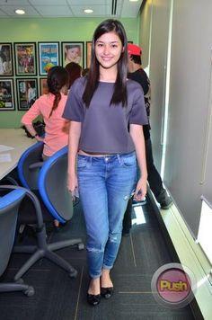 #Teenprincess liza soberano ☺ Filipina Actress, Filipina Beauty, Lisa Soberano, Cute Beauty, Gorgeous Women, Beautiful, Pretty Hairstyles, Beauty Women, Asian Beauty