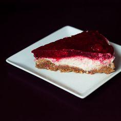 Raspberry No Cheese 'Cheese' Cake { Gluten & Sugar Free }