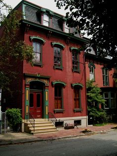 A street of restored Victorian homes on Pittsburgh's North Side