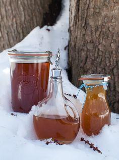 Homemade maple syrup on simplebites.net