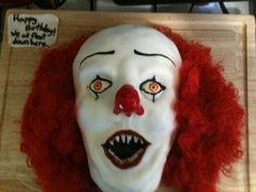 Pennywise the Clown cake