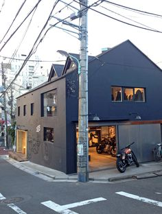 The Residence of Impermanence | Deus Ex Machina | Custom Motorcycles, Surfboards, Clothing and Accessories
